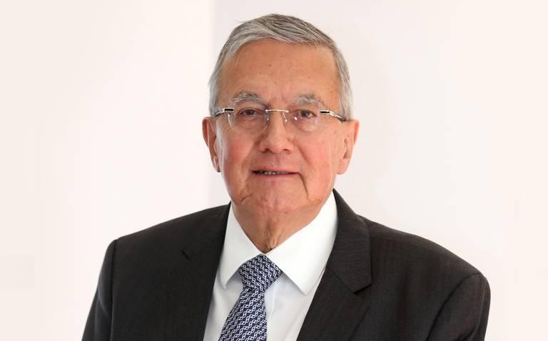 A tres días de asumir el cargo, Barbosa se queda sin secretario de Salud
