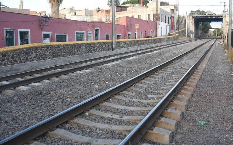 En riesgo tren rápido por derecho de vías
