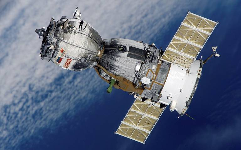 Francia comienza a armar sus satélites con rayos láser y metralletas