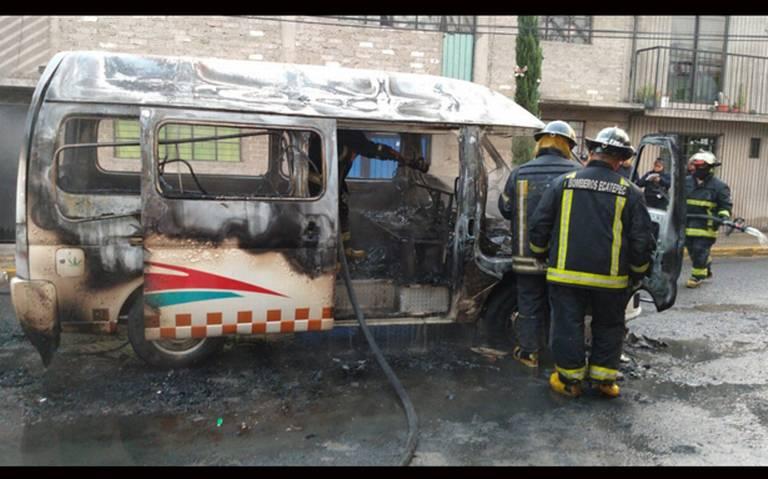 Secuestran y queman combi de transporte público en Ecatepec