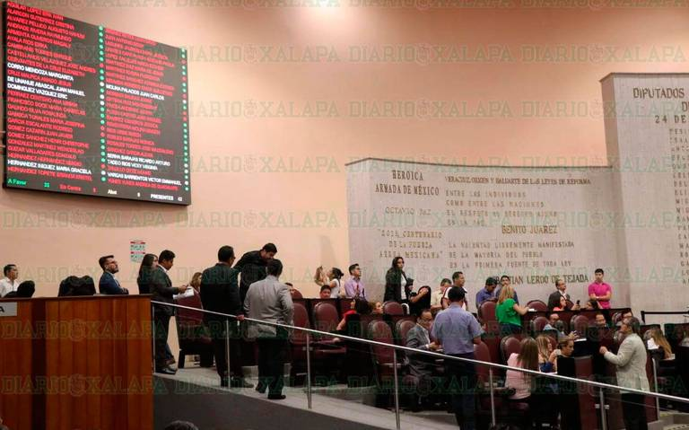Reestructura fractura a la bancada de Morena, ocho diputados están en contra
