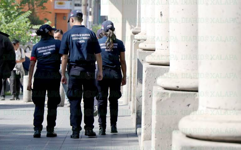 Sólo mil 813 policías certificados en 20 municipios veracruzanos