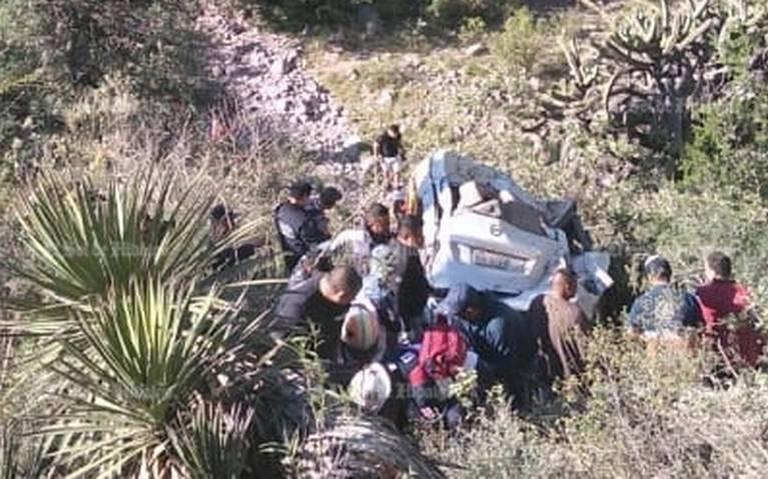Mueren siete tras fuerte accidente automovilístico en Hidalgo