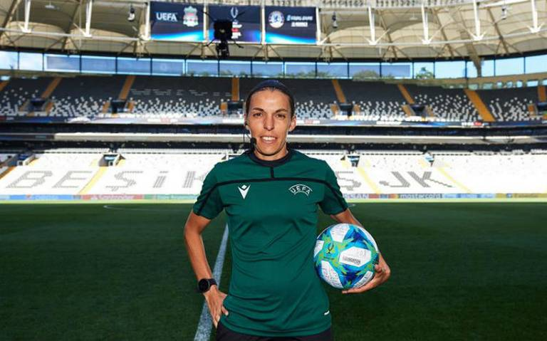 Stéphanie Frappart, primera mujer que arbitrará la Supercopa de Europa