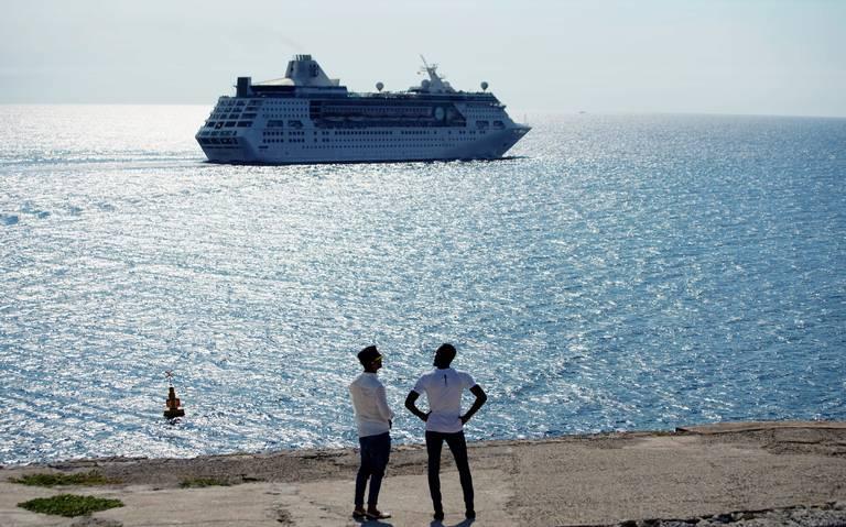 Se desploma turismo en Cuba por sanciones