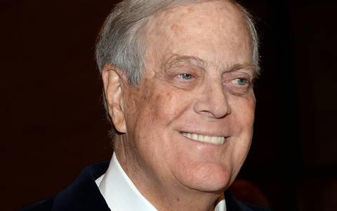 Muere David Koch, multimillonario estadounidense y gran donante de Trump