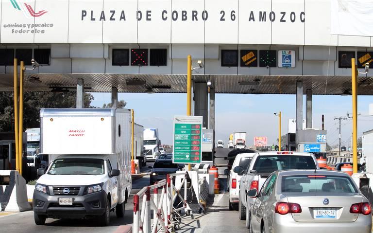 Cierran la autopista México–Puebla por fuga de gas en Acajete