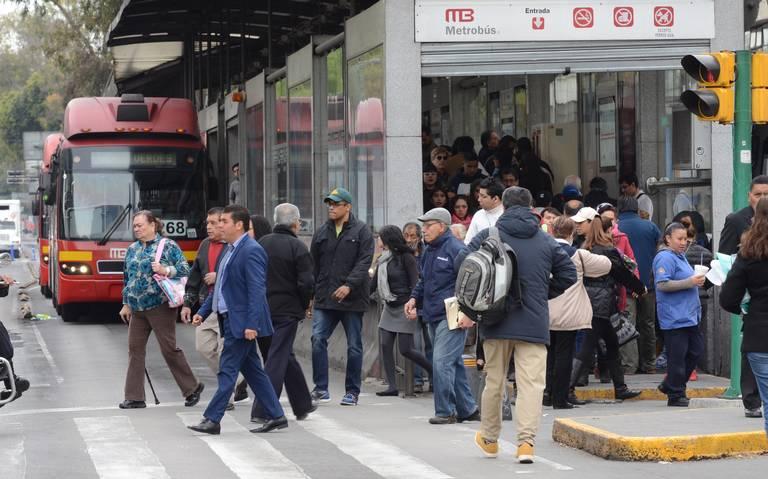 En marcha, 10 biarticulados en Línea 1 del Metrobús