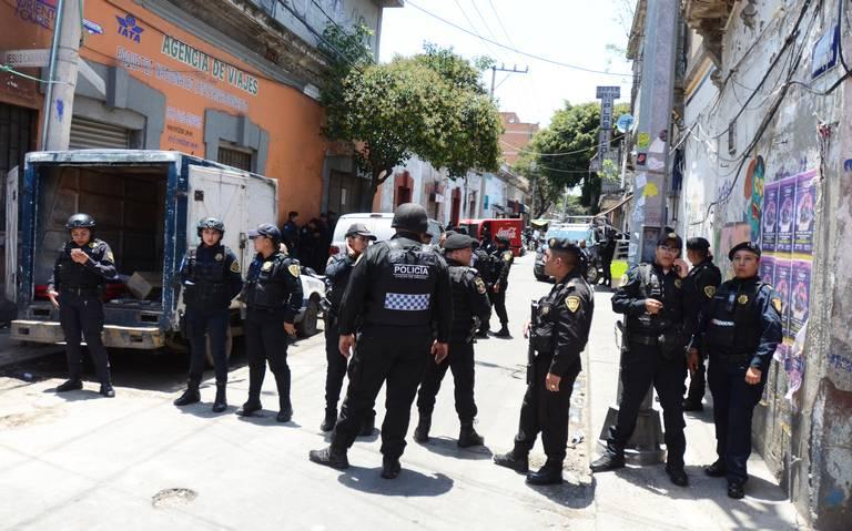 Hieren a policía en operativo en Tepito