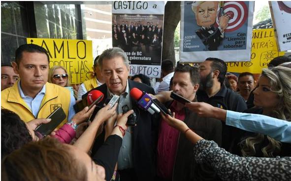 Se manifiesta el PRD en FGR por Ley Bonilla