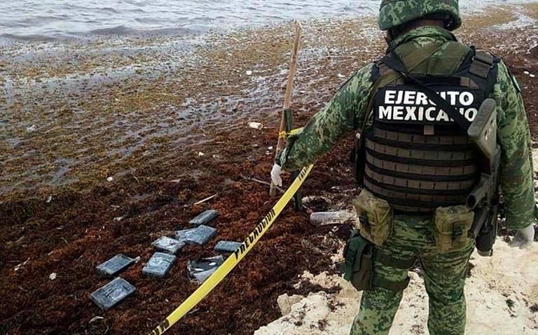 Ahora delincuentes usan el sargazo para traficar cocaína