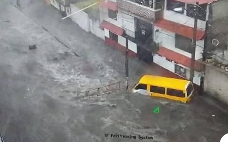 Se desbordan tres ríos en Naucalpan tras intensas lluvias