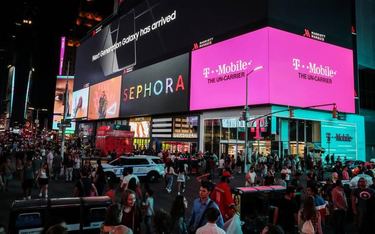 ¡Pánico en Times Square! Confunden ruido de moto con disparos