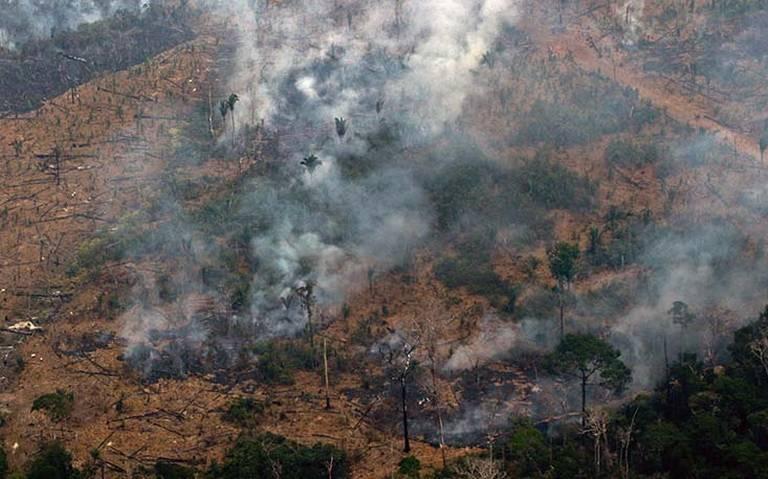 Brasil rechaza ayuda del G7 para apagar incendio del Amazonas