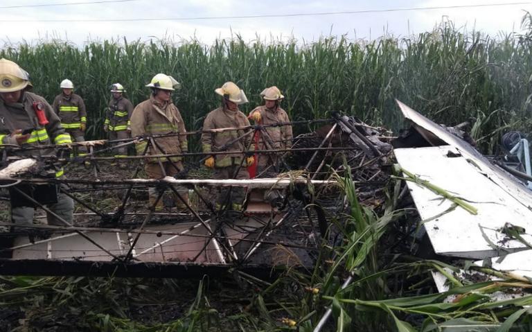Avioneta impacta contra cables de luz, muere el piloto