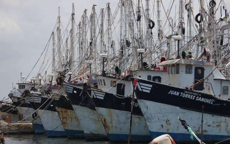 Por falta de apoyo, pescadores de Mazatlán irán a la CDMX a manifestarse