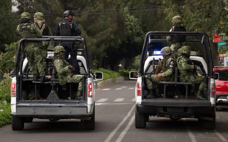 Delincuentes convocaron a población para robar a la Guardia Nacional: AMLO