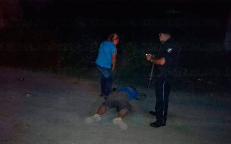 ¡Golpeó, baleó y le pasó el carro a su hermano!