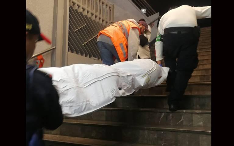 Mujer se lanzó a vías del metro, murió arrollada en la estación Doctores