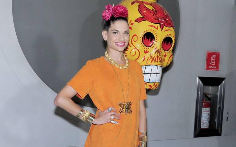 Con Paquita la del Barrio y Banda MS, Natalia Jiménez lanza disco en honor a México