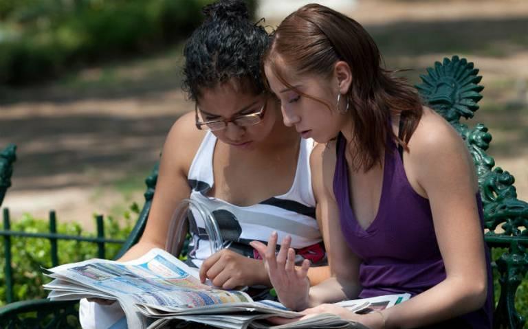 AMLO garantiza presupuesto a universidades y pide transparencia