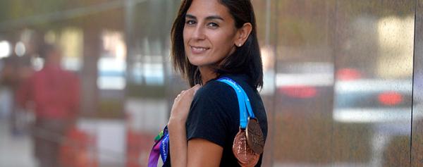 Paola Espinosa, orgullosa mamá y atleta