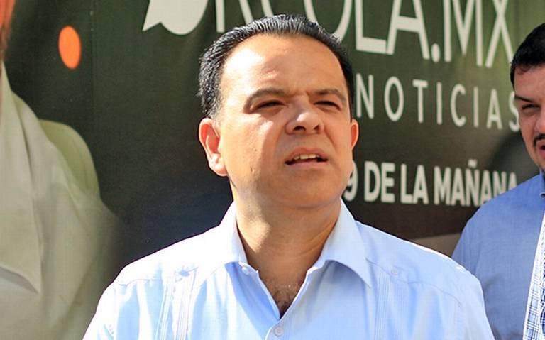 Somos funcionarios, no dioses: Marcos Medina