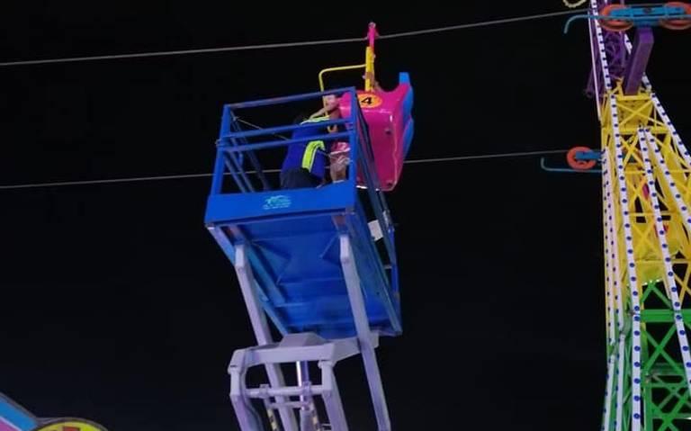[Video] ¡Terror en Feria de Durango! Colapsa estructura de juego mecánico