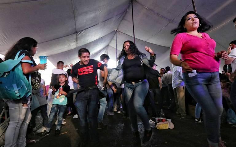 Con baile celebran 52 años del Mercado de Jamaica