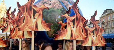 Miles de personas en todo el mundo protestan contra cambio climático