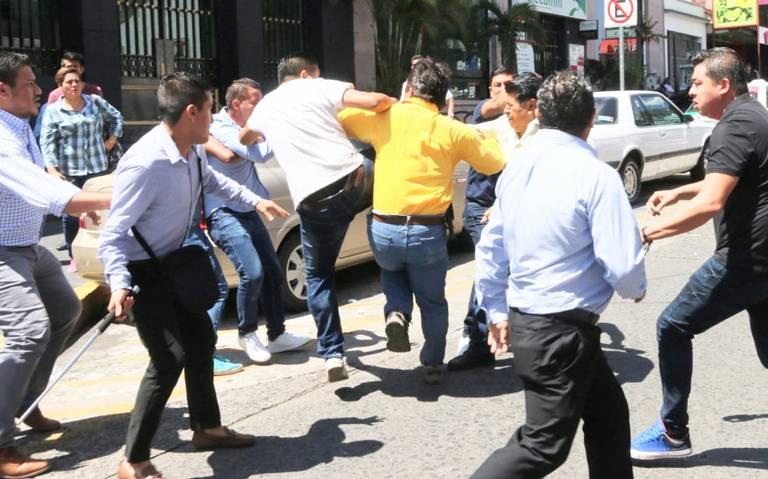 Veracruz va directo al precipicio: Yunes Linares