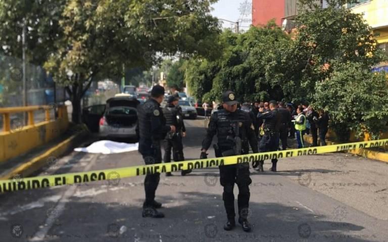 Balacera deja tres muertos y un herido en la Venustiano Carranza