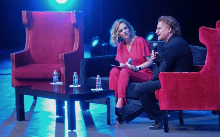 La tecnología dará independencia a los artistas: Bono