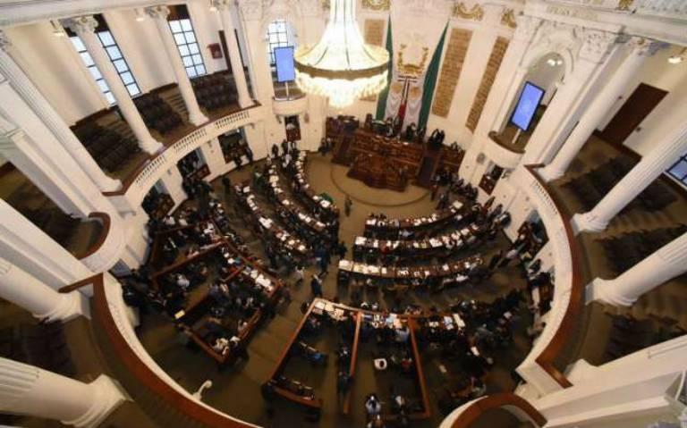 Congresos con mayoría de Morena ignoran austeridad