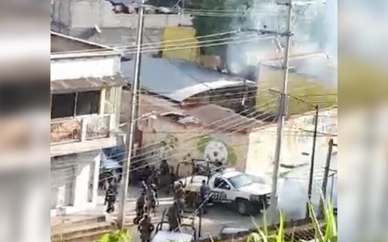 [VIDEO] Comuneros se enfrentan a la Guardia Nacional en Chiapas
