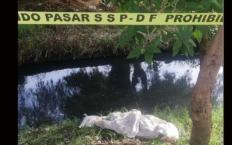 Envuelto en una sábana y amarrado con cinta canela, dejan cuerpo en Tláhuac