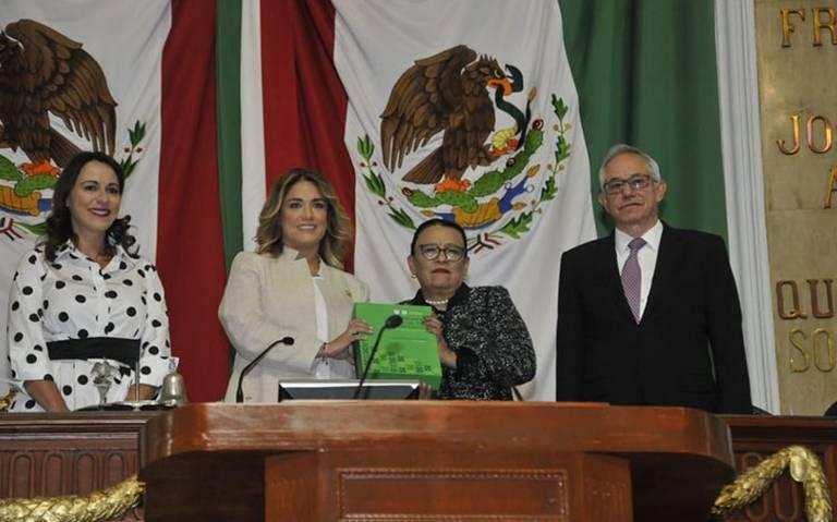 Congreso de la CDMX recibe primer informe de Claudia Sheinbaum