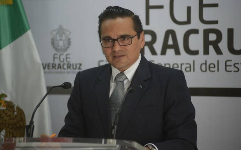 Congreso de Veracruz separa temporalmente del cargo a fiscal Jorge Winckler