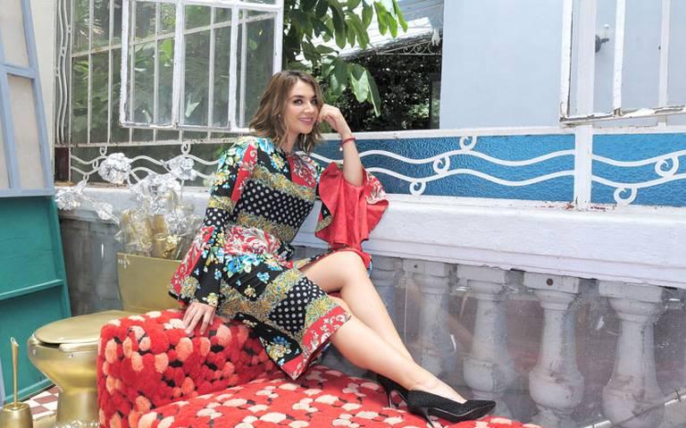 Daniela Luján celebra 25 años de contar historias