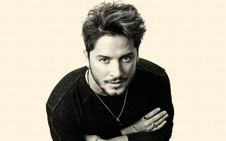 Manuel Carrazco, cantante español, busca abrirse paso en México