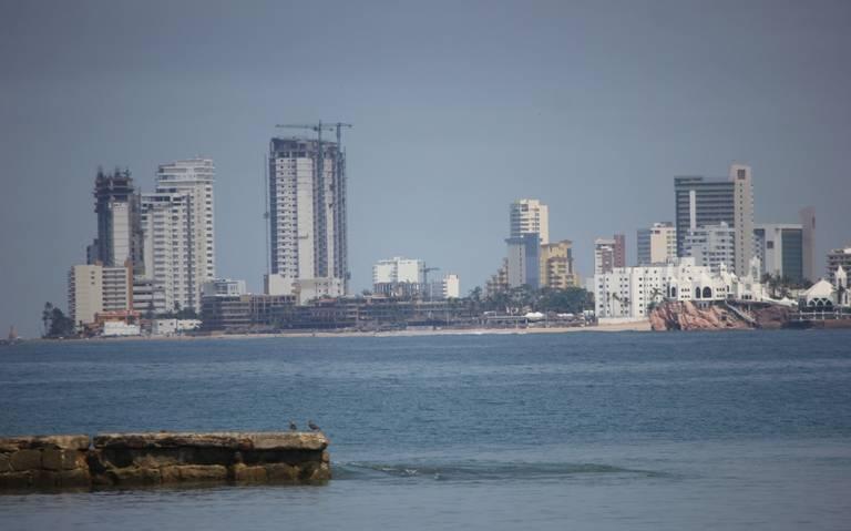 Por una atención de calidad: Capacitan al sector turístico en Mazatlán