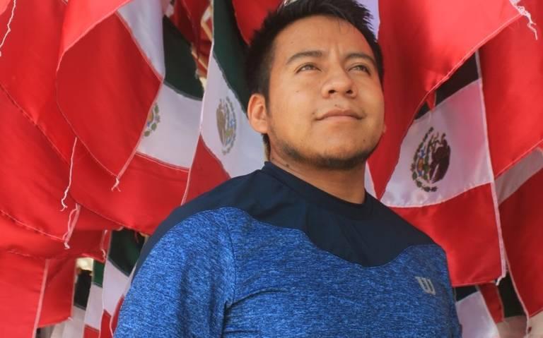 Un largo viaje tricolor: Pinta a Mazatlán de verde, blanco y rojo