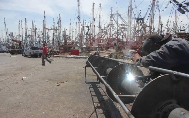 Advierten armadores desabasto de diesel marino para la flota camaronera