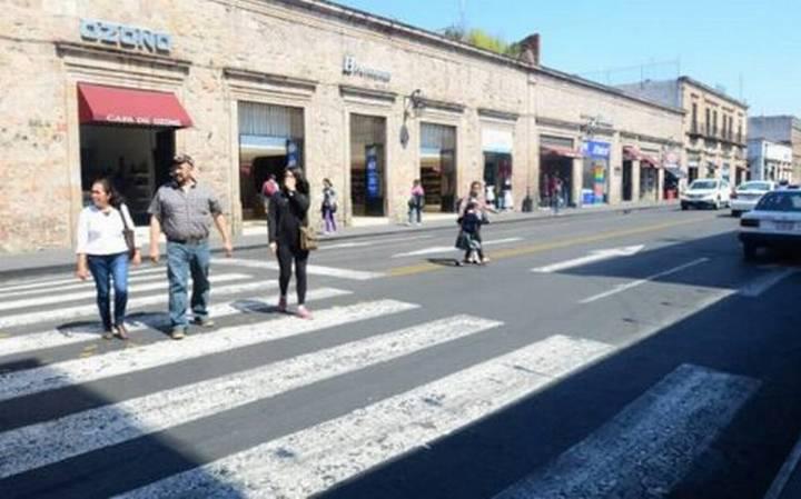 Prohibirán paso vehicular en calles del Centro: Claudia Rivera