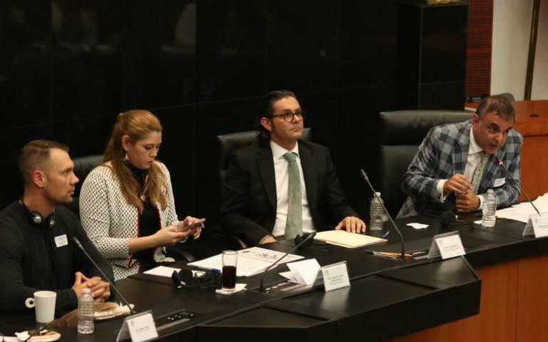 Senado alista marco regulatorio para uso recreativo de marihuana