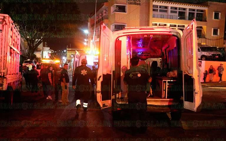Un muerto, 14 quemados por pirotecnia y 8 magullados en Grito de Xalapa