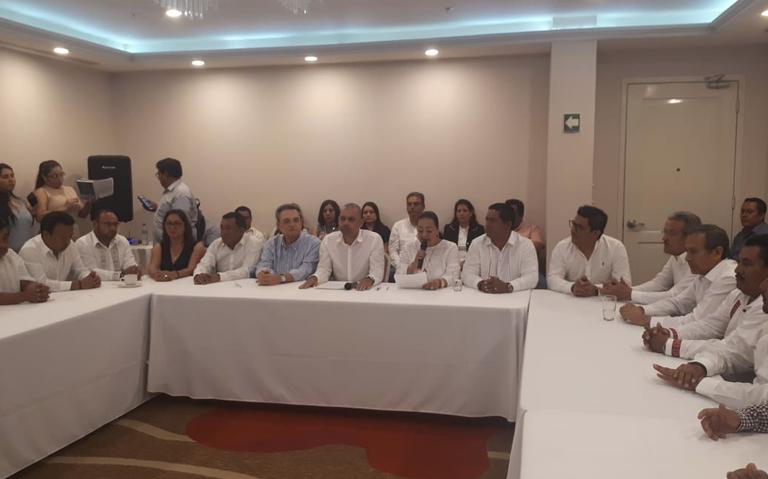 Renuncian 21 alcaldes en Chiapas y se unen a Morena