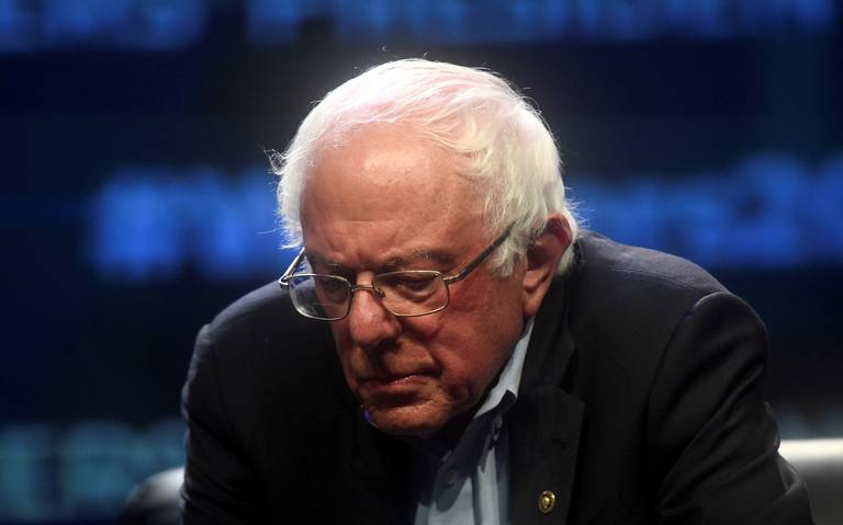 Hospitalizan a Bernie Sanders; suspende campaña presidencial