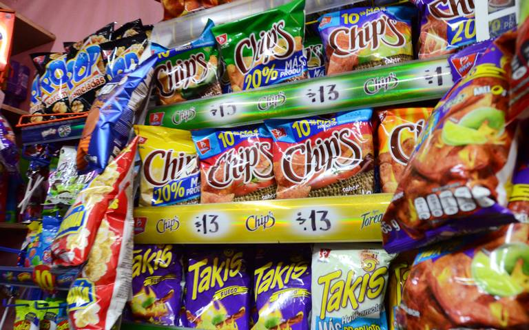 Senado aprueba ley de etiquetados para comida chatarra