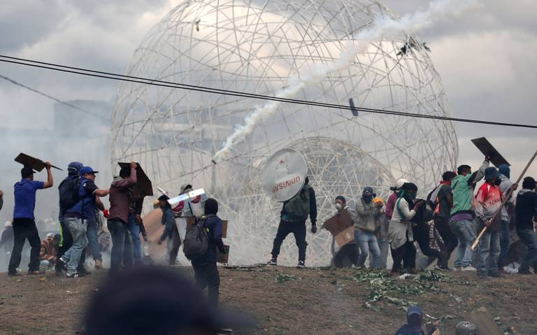 Ecuador comienza a restablecer su producción de crudo tras protestas